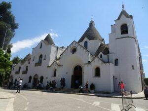 chiesa sant'antonio di padova alberobello