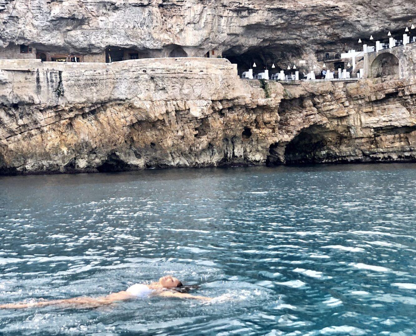 Passeio de barco em Polignano a Mare